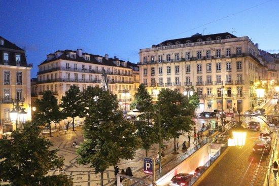 Chiado camoes apartments lisbonne portugal voir les for Appart hotel lisbonne