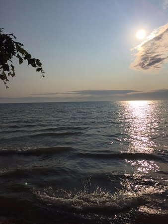 Fennville, MI: Beautiful sunset at Pier Cove.