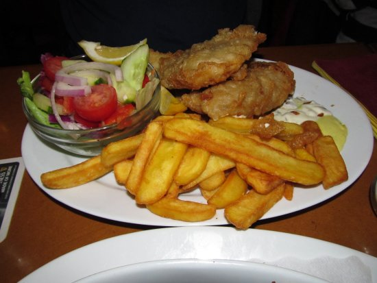 Lir Irish Bar: Fish & chips