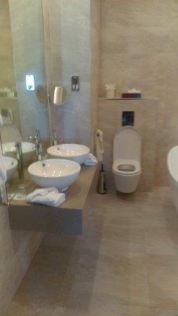 Breaffy House Resort : IMAG0558_large.jpg