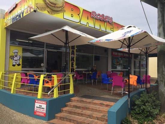 Dicky Beach, Australia: You cant miss our Bakery / Cafe as its bright and friendly and we offer service with a smile