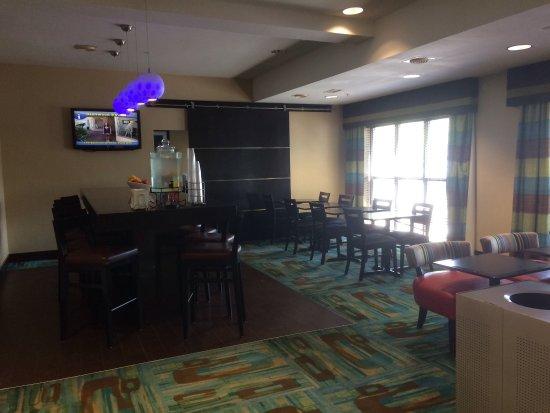 Hampton Inn Glenwood Springs: photo1.jpg