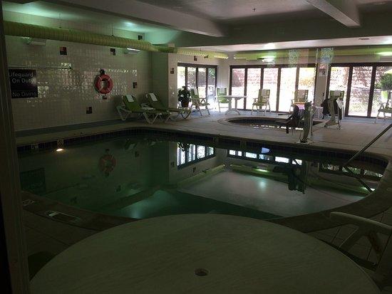 Hampton Inn Glenwood Springs: photo2.jpg