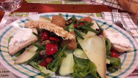 Tourville-la-Riviere, Francia: Salade suzette très bonne 😊