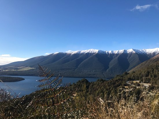 Nelson-Tasman Region, Nueva Zelanda: Took a rental car from Picton to Nelson lakes and stayed at the alpine lodge! So worth the drive