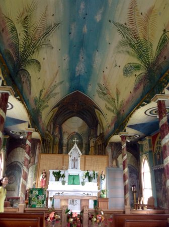 The Painted Church: Quiet, Beautiful Church in Hawaii