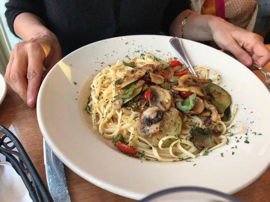 West Street Cafe: photo1.jpg