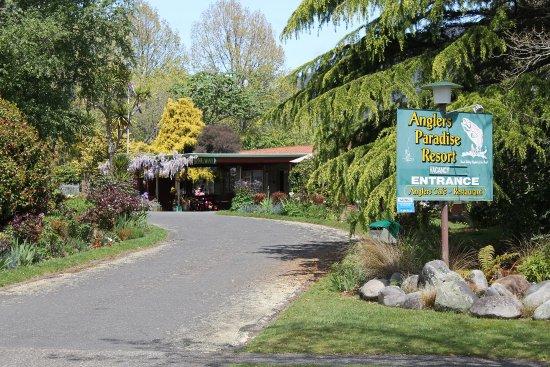 Turangi, Nieuw-Zeeland: Entrance to property
