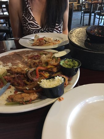 Suisun City, CA: mixed fajita