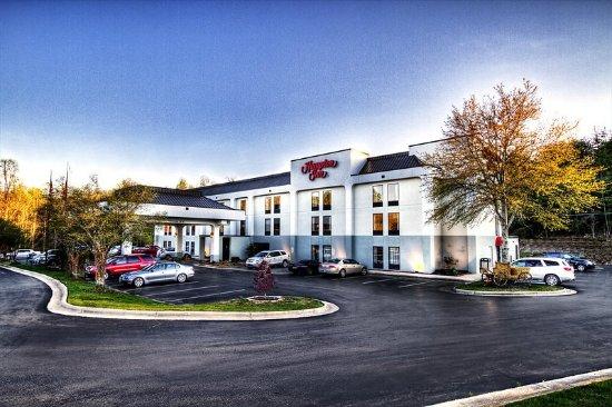 Jonesville, NC: Hotel Exterior