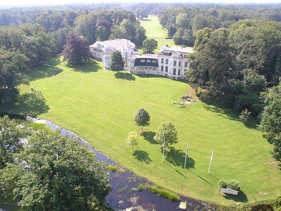Bilderberg Landgoed Lauswolt: Location