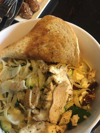 Wyandotte, MI: Medierranean Pasta with Chicken....very yummy