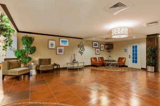 Alpine, Teksas: Relax in our spacious Lobby