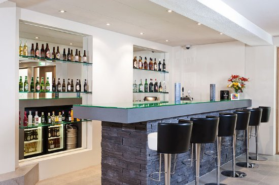 هوتل كلتر: Hotel Klettur Bar