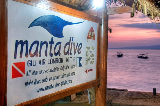 Manta Dive Gili Air, beach front diving!