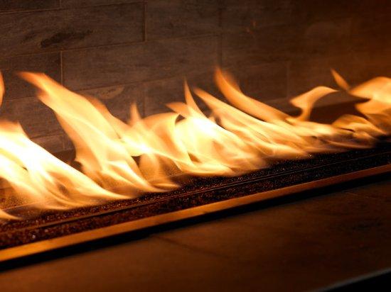 Уилинг, Илинойс: Fireplace