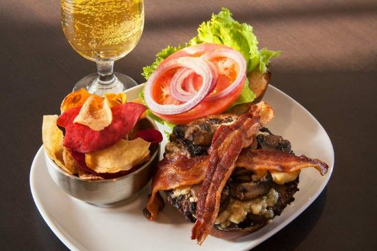 Woodcliff Lake, Нью-Джерси: Bacon Burger