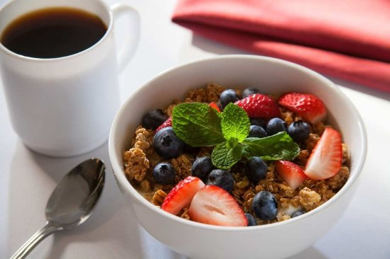 Woodcliff Lake, NJ: Breakfast Granola