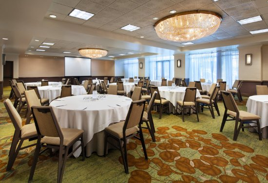 Millbrae, Californië: Bayshore - Meeting