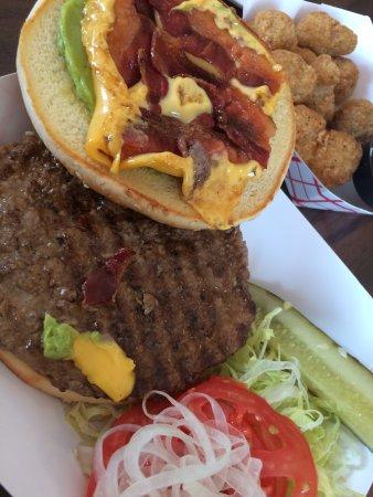 Encampment, ไวโอมิง: Guac Bacon Cheeseburger
