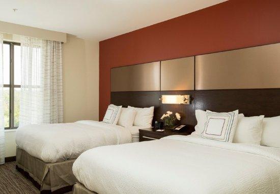 Malvern, PA: One-Bedroom Queen/Queen Suite