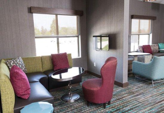 Malvern, Pensilvanya: Lobby Seating