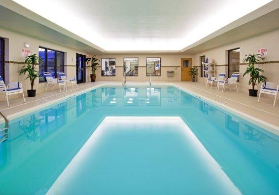 Utica, MI: Heated Indoor Swimming Pool