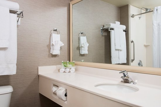 Two Queen Bathroom Picture Of Holiday Inn Express Hotel Suites Burlington Burlington
