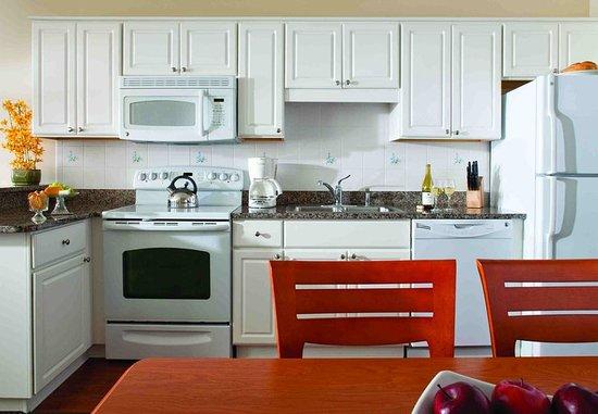 อับเซคัน, นิวเจอร์ซีย์: Villa Kitchen