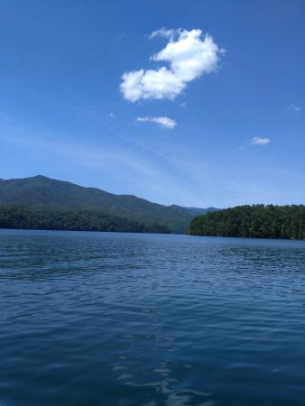 Almond, NC: Fontana Lake I