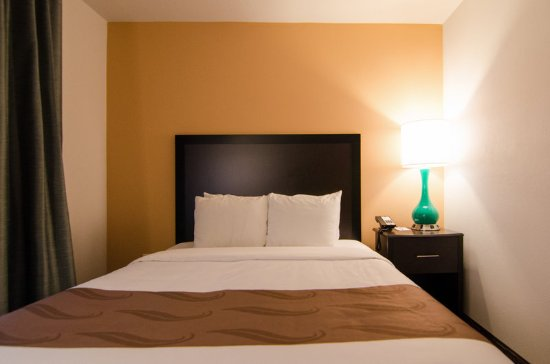 Quality Inn Cottage Grove - Eugene South: Guest Suite