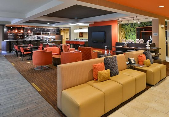 Courtyard by Marriott Rock Hill: We offer award-winning service and amenities at our hotel in Rock Hill