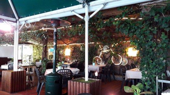 Bar & Restaurant Plage du Reposoir: la terrassse