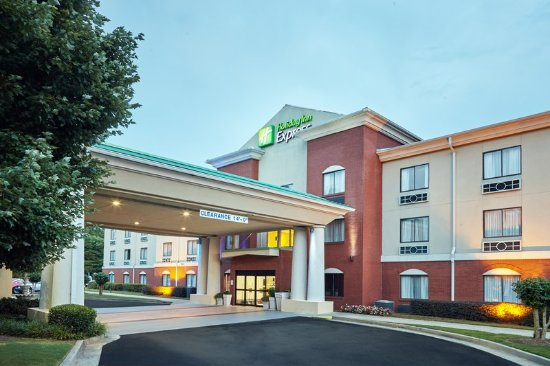 Holiday Inn Express Hotel & Suites Buford: Hotel Exterior