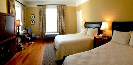 South Boston, VA: Standard Double Guestroom