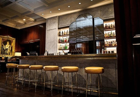 The Adolphus: Lobby Bar