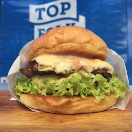 Brunei-Muara District, Brunei Darussalam: A folk favourite - Double Cheeseburger