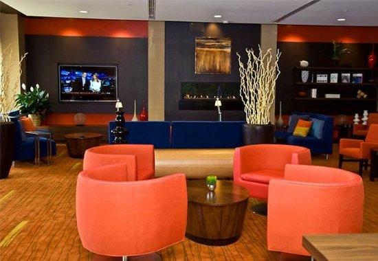 Owensboro, KY: Lobby Conversation Area