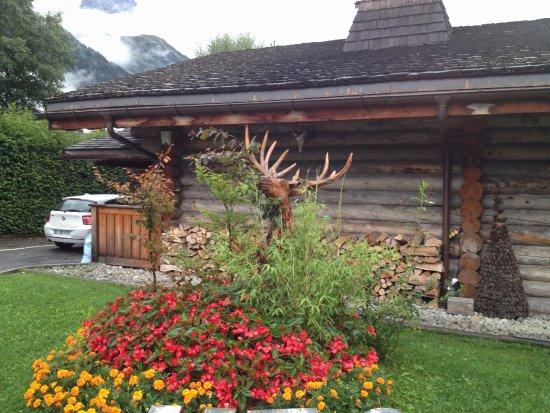 Exterieur picture of la cabane des praz chamonix for Cabane exterieur