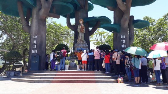 © The Shrine of Our Lady of La Vang