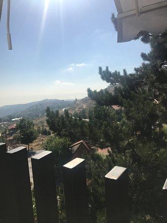 Kfardebian, Libanon: view from the restaurant