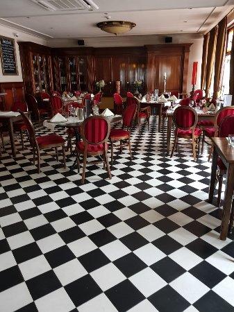 Beneden-Leeuwen, هولندا: le restaurant