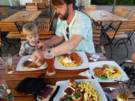Wietzendorf, Alemania: 20170715_210650_large.jpg