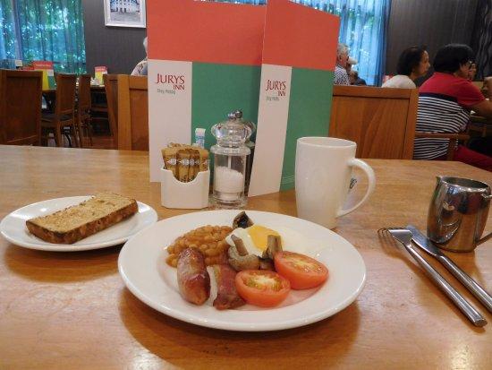 Jurys Inn Sheffield: Breakfast