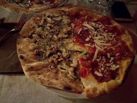 Mascalucia, Italia: IMG_20170812_215515_large.jpg