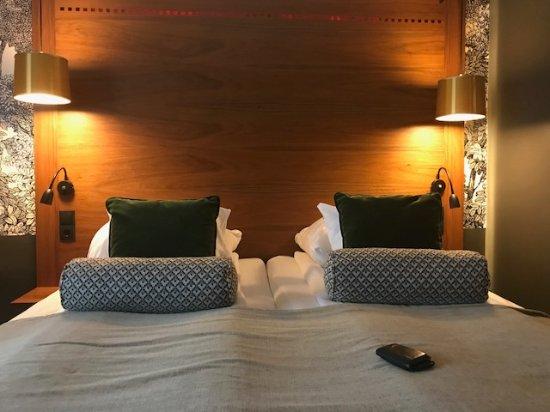 Clarion Collection Hotel Temperance : Cama