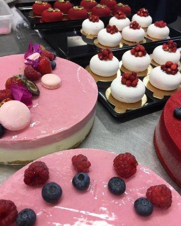 Salo, Finland: Kesän kakkuja & leivoksia