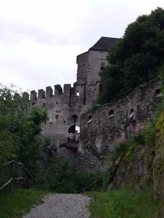 Campo di Trens, Włochy: le mura