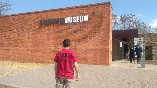 Apartheid Museum: IMG_20170731_123144_large.jpg