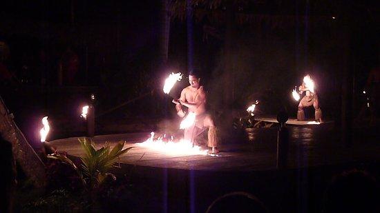 Muri, Cooköarna: Fire dance